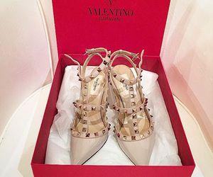 fashion, Valentino, and beautiful image