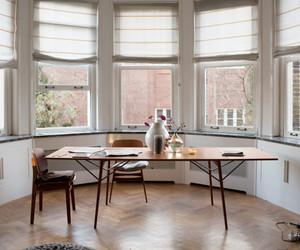desk and interior design image
