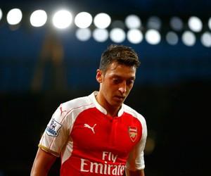 Arsenal, football, and mesut oezil image