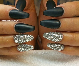 beauty, silver nails, and cute nails image