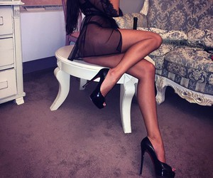 legs and Hot image
