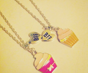 bff, cupcakes, and collares a juego image