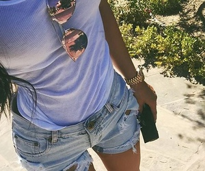 kylie jenner, fashion, and summer image