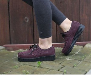 creepers, grunge, and leg image