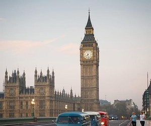 combi, london, and the city image