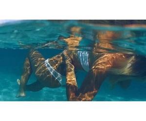 summer and alexis ren image
