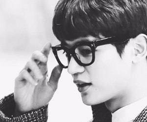 glasses, SHINee, and k pop image