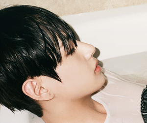 header, kpop, and v image