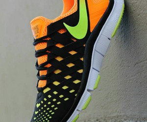 nike, running, and running shoes image