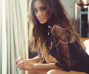 magazine, pll, and shay mitchell image