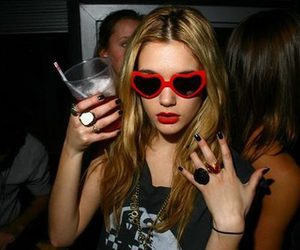 blond, drink, and rings image
