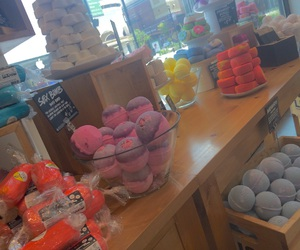 bath bombs, lush, and tumblr image