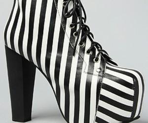 black and white, fashion, and sebra image