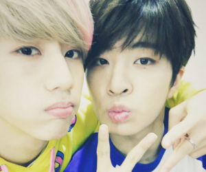 mark, got7, and youngjae image