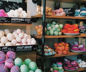lush, bath bombs, and beauty image