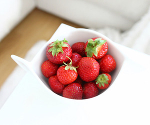 FRUiTS, food, and strawberry image