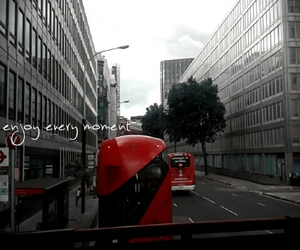london, retrica, and buses image