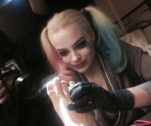 suicide squad, margot robbie, and harley quinn image