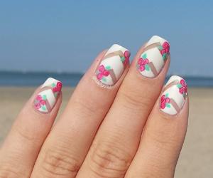 beach, chevron, and flowers image