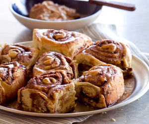 food, cinnamon roll, and sweet image