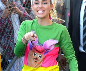 miley cyrus, smiley, and smiler image