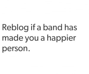 band, happy, and luke hemmings image