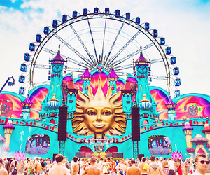 Tomorrowland and party image