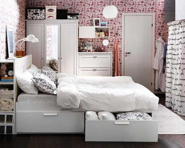 Apartments. Place To Stay Space Saving Ideas For Small ...