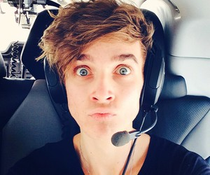 joe sugg, helicopter, and youtube image
