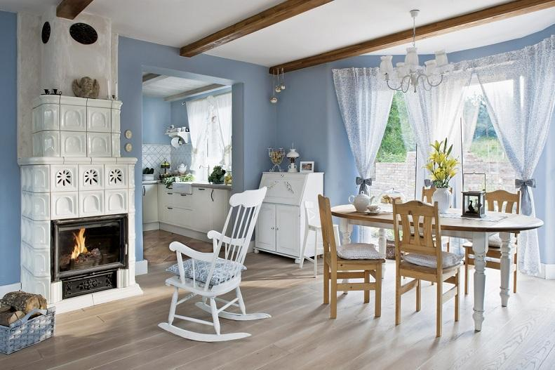 The Dinibg Room With Country Style Home Decor With Blue And ...