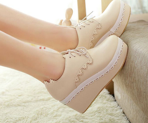 beige, style, and chaussure image