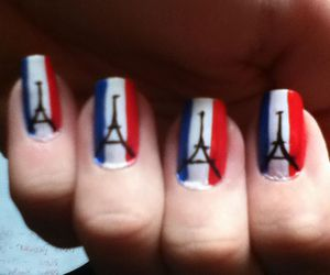 eiffel tower, nail art, and tour eiffel image