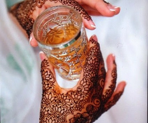food, henna, and tjalot♡ image