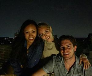 Annasophia Robb, friend, and tcd image