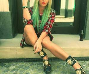 fashion, green hair, and ombre image