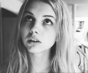 skins, cassie, and black and white image
