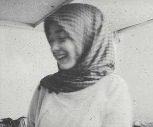black and white, muslim, and hijab fashion image