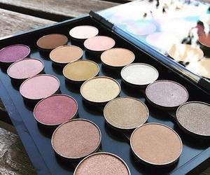 beauty, make up, and eyeshadow image