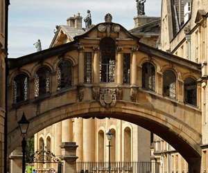 oxford and travel image
