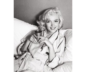beauty, classic, and marilyn image