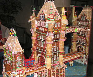 christmas, gingerbread, and gingerbread houses image