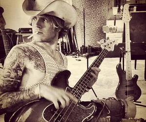 dougie, guitar, and McFly image