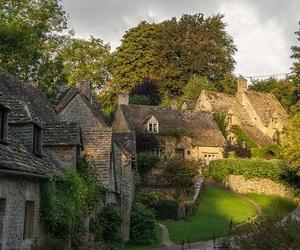 arlington row and england image