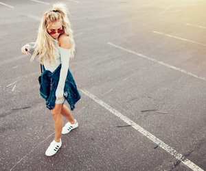 girl, outfit, and summer image
