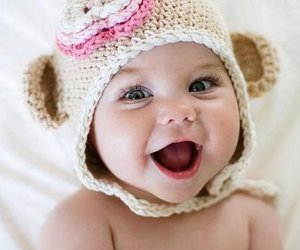 baby girl, hat, and Bright Eyes image