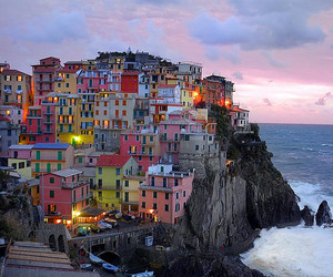 cityscape, cliff, and Houses image
