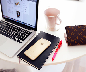 iphone and macbook image