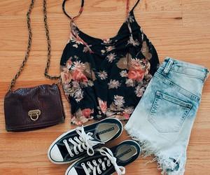 cute summer look image