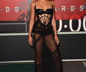 fka twigs, vmas, and vma image