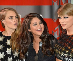 selena gomez, Taylor Swift, and cara delevigne image